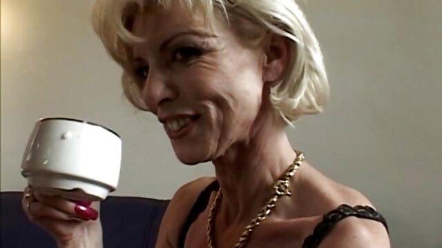 Piękno filmiki porno z mamuśkami mu